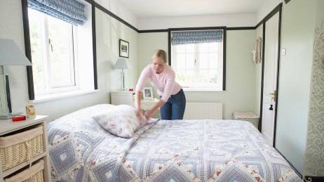 keep your bed and sheet clean to get rid of bed bugs